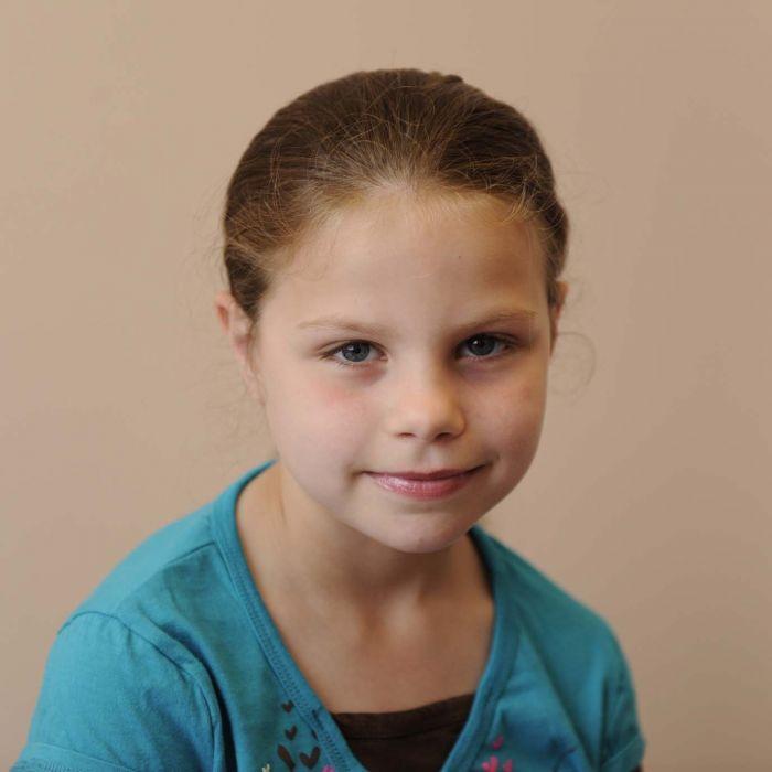 واحة الأطفال – ألبوم صور الطفل : Natalie Neville